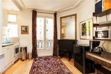 spacious furnished apartment to rent for the weekend, 2 guests, in bastille paris
