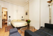 lovely furnished apartment to rent for 2, 345 sq ft, between bastille and nation, paris xi