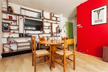 Weekly accommodation in a 2-room flat for 4, near Montmartre, Paris 18th district