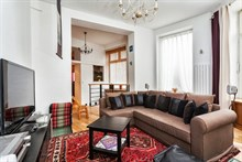 Weekly rental, furnished 3-room apartment with 2 double bedrooms, Montmartre Paris 18th