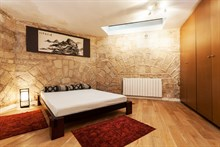 7-person holiday flat for weekly or monthly rent on rue Francoeur, Paris 18th, 3 spacious rooms, furnished