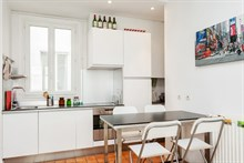 Furnished accommodation for 4 in spacious 2-room flat available for rent by week or month, Cambronne Paris XV