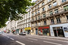 Monthly or weekly rental, 4-person furnished apartment with 2 rooms in Cambronne Paris 15th