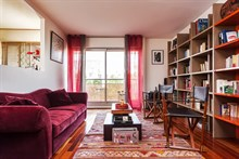 4-person apartment w/ 3 rooms for monthly rent, furnished w/ balcony, Republique Paris 10th