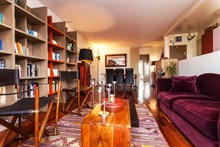 Short-term apartment rental sleeps 4, 3 spacious rooms and library at Republique Paris 10th