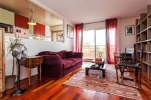 Spacious furnished flat for 4, 2 bedrooms and a balcony available for short-term rental, conveniently located, Republique Paris X