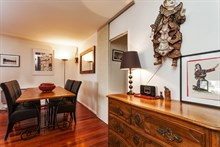 Weekly accommodation for 4 in luxurious furnished 3-room flat w/ balcony and library at Republique Paris 10th