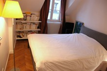 spacious loft for 3 to rent weekly 540 sq ft paris st sulpice VI