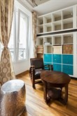 Weekly rental, 2-person furnished studio apartment on rue des Dames, Paris 17th