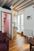Short-term holiday rental for 4 in turn-key studio flat w/ on rue des Dames, Paris 17th