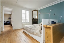 Turn-key 2-room apartment near Goncourt, Paris 11th, available for business stays by the week or month