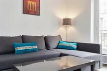 Weekly rental, 4-person furnished apartment with a double bed and fold-out couch near Montparnasse, Paris 5th