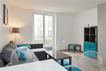 Weekly accommodation for 2 or 4 in furnished, remodeled flat near Luxembourg gardens, Paris V