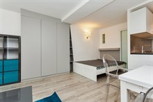 4-person holiday studio flat for weekly or monthly rent on rue Saint Jacques, Paris 5th, fully furnished