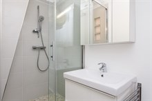 Luxurious honeymoon rental, fully furnished and recently remodeled, Paris 5th near Luxembourg garden