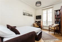 Weekly rental, furnished 3-room apartment with double bedroom, Convention Paris 15th