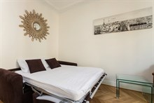 4-person apartment w/ 3 rooms for monthly rent, furnished with double bedroom, Convention Paris 15th