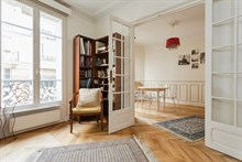 Weekly rental, 4-person furnished apartment with double bedroom in Convention Paris 15th