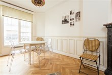 Monthly rental of a fully equipped apartment in Convention Paris 15th, 4-person, 3 rooms
