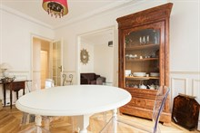 For rent: furnished apartment w/ double bedroom comfortably sleeps 4 in Convention Paris 15th