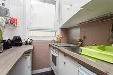 Short-term holiday rental for 4 in turn-key flat w/ 3 rooms near Saint Lambert Square, Paris 15th