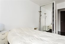 Turn-key apartment rental for 4 to 6 guests on metro line 8 Boulogne, Paris 16th