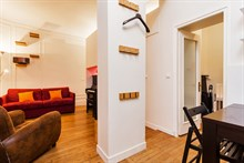Spacious accommodation for 4 to 6 available for Hen or Stag weeks, 3-room furnished apartment Paris 9th
