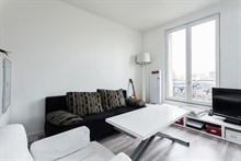 Flat rental for family or friends, 2-4 guests, rent by month or week, fold-out couch, Plasance, Paris 14th