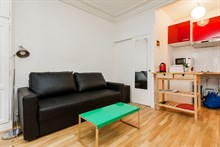 Comfortable holiday rental in furnished studio apartment, short-term rental, Montorgueil, Paris 2nd