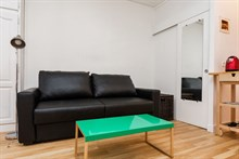 Accommodation for 2 available for weekly or monthly stays, fully furnished, Montorgueil, Paris 2nd