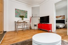 Monthly rental of a fully equipped apartment in Montmartre Paris 18th, 4-person, 2 rooms