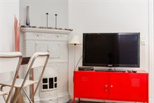 Weekly accommodation for 4 in luxurious furnished 2-bedroom flat near Montmartre, Paris XVIII