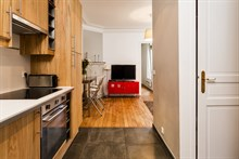 Live like a Parisian local near Montmartre, Paris 18th: 2-room furnished flat for 4 available for short stays