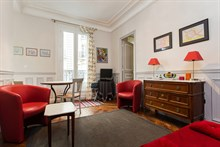 For rent: lovely short-term studio apartment for 2 at Motte Picquet Grenelle, Paris 15th