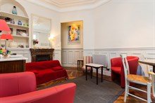 Furnished, turn-key studio for 2 to 3 guests for weekly or monthly rental at Motte Picquet Grenelle, Paris 15th