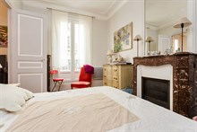 2-person studio flat for holiday rental, week or month, Motte Picquet Grenelle, Paris 15th