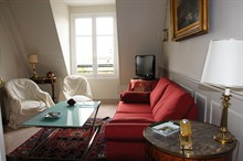 1 bedroom apartment furnished to rent for 4 guests Rue de La Paix Paris 2nd district
