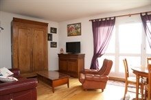6-month + rental of a fully equipped apartment in Kremlin Bicetre near Paris, 4-person, 3 rooms
