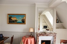 short term apartment rental for 4 guests Rue de La Paix Paris 2nd district