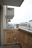 Short-term 3-room apartment rental sleeps 2 or 4, 3 sleeping surfaces and balcony at Paris 19th