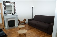 Short-term lodging for 4 in furnished 3-room flat, rent by week or month, Paris 15th