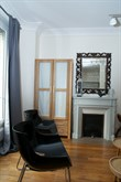 Weekly accommodation for 4 or 6 in furnished, remodeled flat near Eiffel Tower, Paris XV
