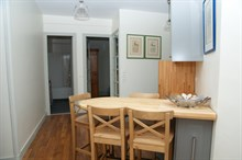 Short-term 4-6 person family vacation rental in furnished 3-room apartment, boulevard de Grenelle, Paris 15th