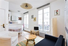 Furnished accommodation for 4 in spacious 2-room flat available for rent by week or month, Paris 10th, Canal Saint Martin