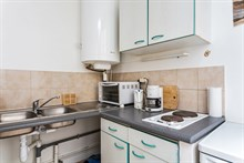 Roomy furnished 2-room flat for 4 available for short-term rental, conveniently located near Canal Saint Martin, Paris 10th
