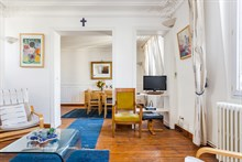 Furnished 2-room flat, equipped for 4, weekly rental near Montparnasse Tower, Paris 14th