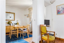 Beautiful, furnished, 4-person apartment available for weekly rental near Montparnasse Tower, Paris 14th