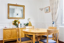 Short-term rental of a spacious, furnished and fully equipped 2-room flat near Montparnasse Tower, Paris 14th