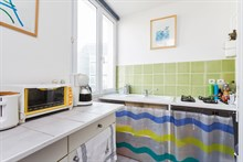 Short-term rental of a generously-sized, furnished apartment for 4 near Montparnasse Tower, Paris 14th
