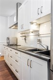 Business stays in furnished apartment, available to rent by the month, sleeps 3 near La Defense in Neuilly